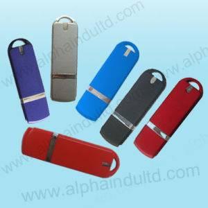 USB Stick 32GB 002U 3.0 Crni